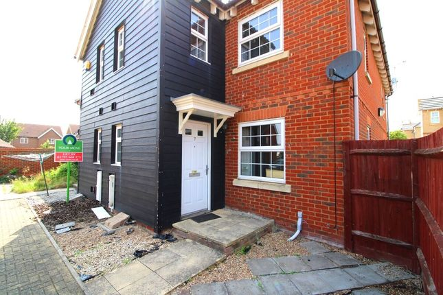 Thumbnail Property to rent in Mallow Road, Minster On Sea, Sheerness