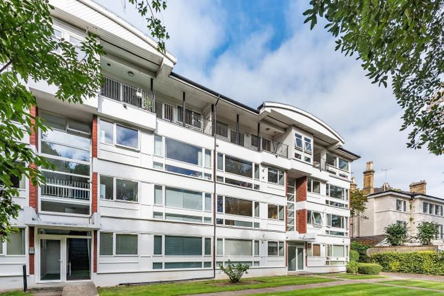 2 bed flat for sale in West Hill, Putney SW15