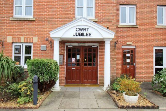 Thumbnail Flat for sale in Cwrt Jubilee, Penarth