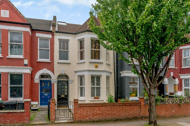 Thumbnail Terraced house for sale in Stanhope Gardens, London