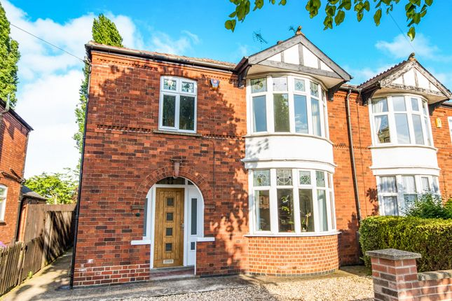 3 bed semi-detached house for sale in Southend Avenue, Newark
