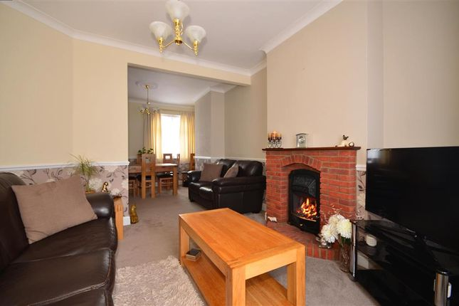 Thumbnail Terraced house for sale in Henley Road, Ilford, Essex