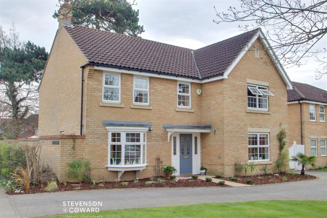 5 bed detached house for sale in Stone Lodge Lane, Ipswich IP2