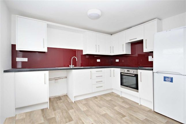 Thumbnail Flat to rent in London Street, Faringdon, Oxfordshire