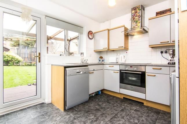 Kitchen of Devereux Road, Chafford Hundred, Grays RM16