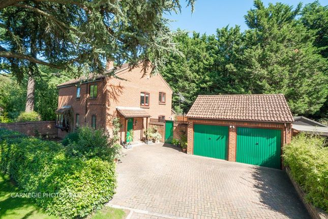 Thumbnail Property for sale in Parkside, Welwyn