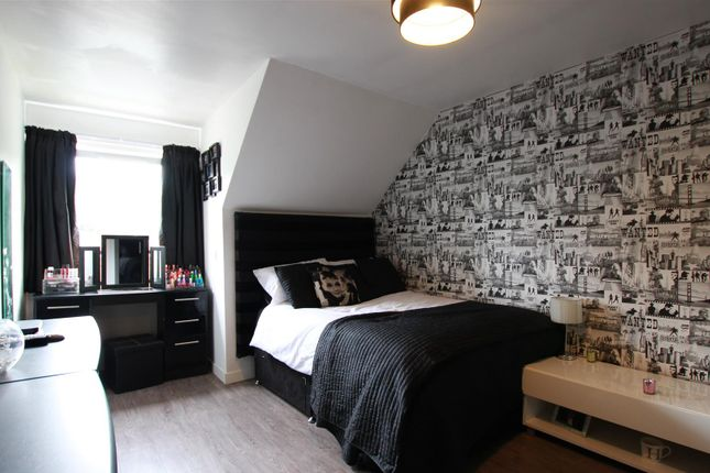 Bedroom 3 of Clydeview, Bothwell, Glasgow G71