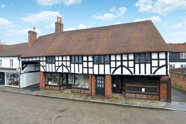 Flat for sale in Godalming, Surrey