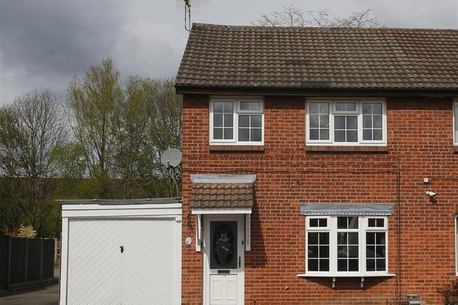 3 bed property for sale in Bishopdale Close, Long Eaton, Nottingham NG10