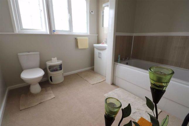 Bathroom of Llanrhystud, Ceredigion SY23