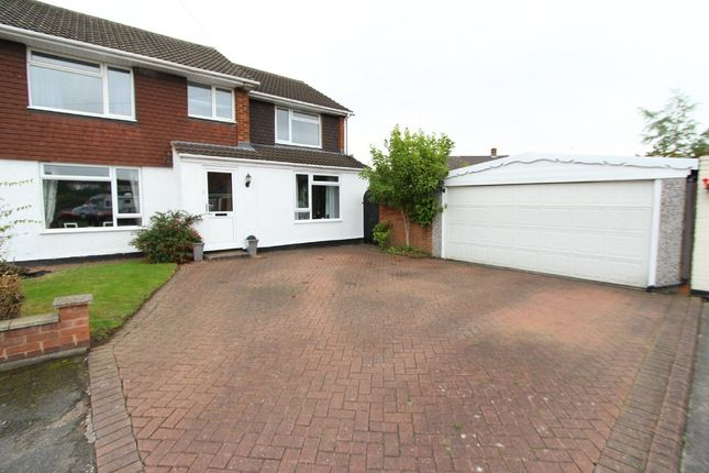 Thumbnail Semi-detached house for sale in Wellesbourne, Tamworth