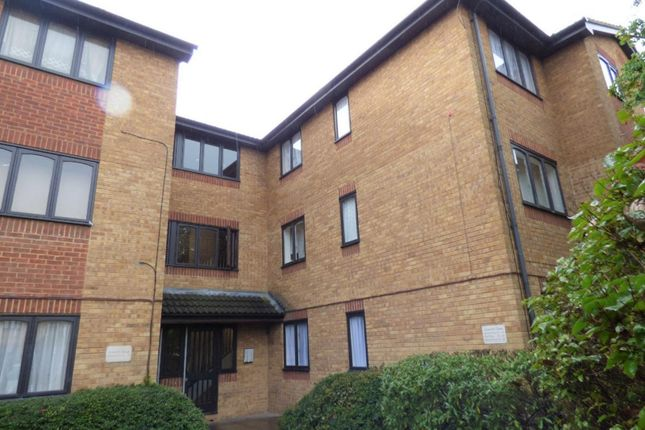 Thumbnail Flat for sale in Acworth Close, Edmonton
