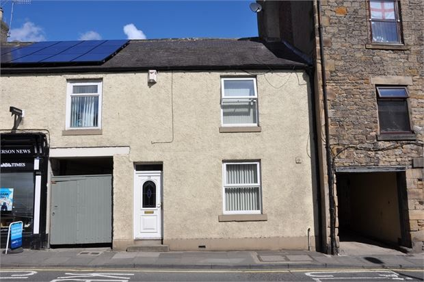 Thumbnail Semi-detached house for sale in Hencotes, Hexham