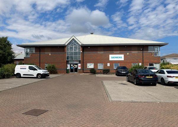 Thumbnail Warehouse to let in Eagle Court, Preston Farm Business Park, Stockton