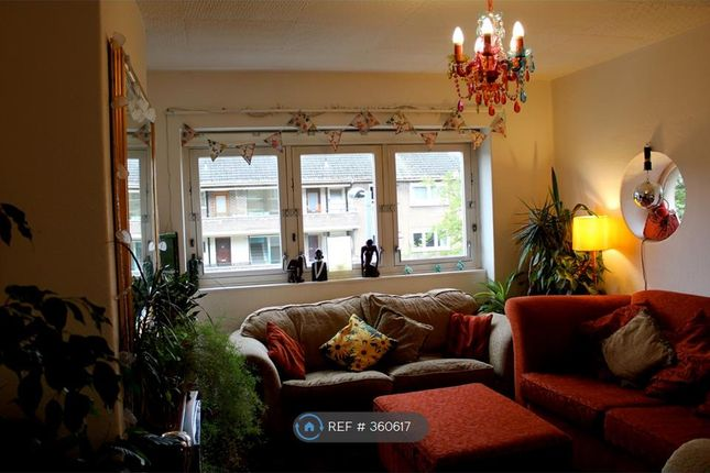 Thumbnail Flat to rent in Thornwood Road, Glasgow