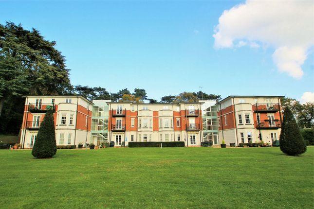 Thumbnail Flat to rent in Brookshill, Harrow Weald, Harrow, Middlesex