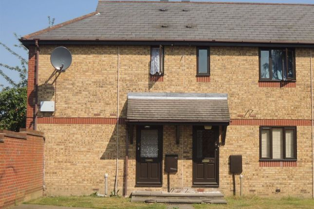 Thumbnail Flat to rent in Chinook, Highwoods, Colchester