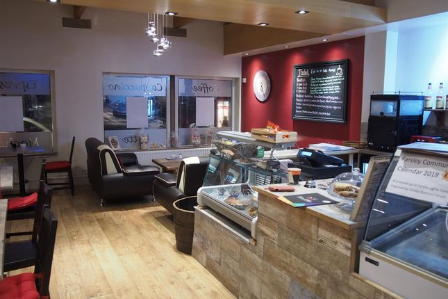 Thumbnail Restaurant/cafe for sale in Cafe & Sandwich Bars LS28, Farsley, West Yorkshire