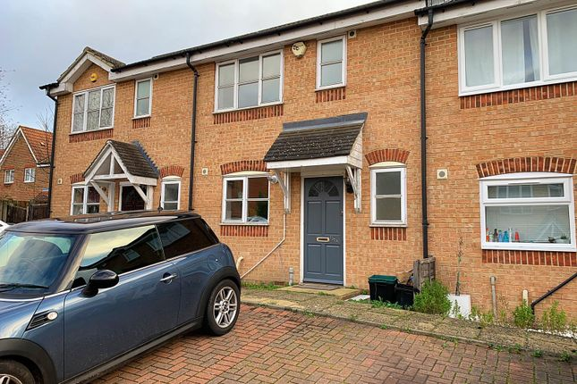 2 bed terraced house to rent in Star Lane, Orpington BR5