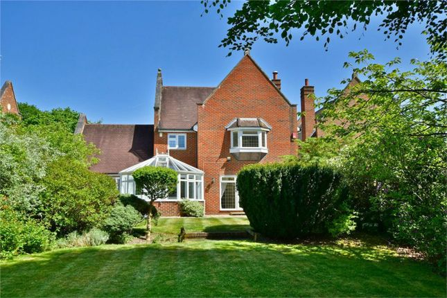 Thumbnail Detached house to rent in Kemsley Chase, Farnham Royal, Buckinghamshire
