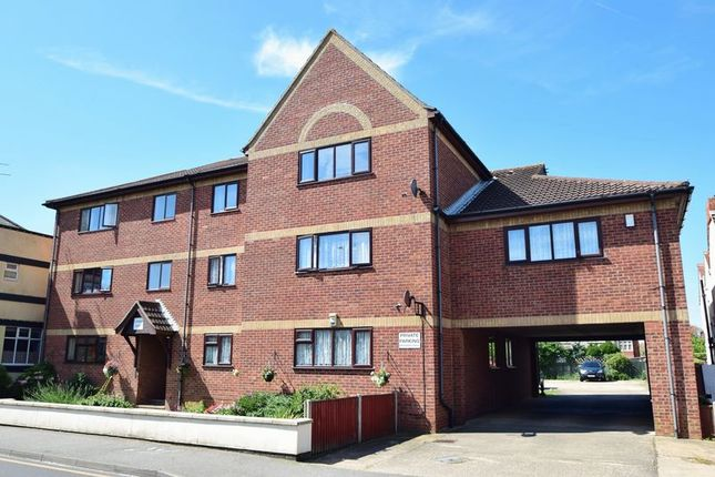 Thumbnail Flat for sale in Victoria Road, Mablethorpe
