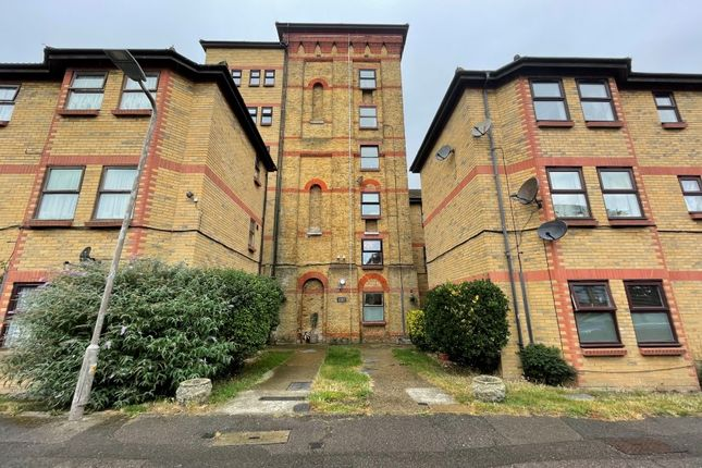 1 bed flat for sale in Flat 3, Oak House, The Woodlands, Shoeburyness, Southend-On-Sea, Essex SS3