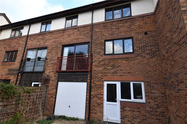 Picture No. 18 of Rosewood Lane, Shoeburyness, Essex SS3