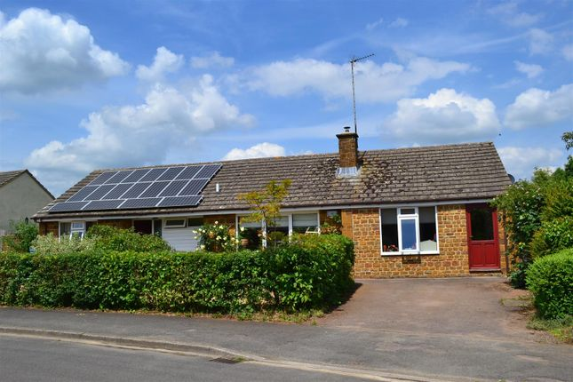 Thumbnail Detached bungalow for sale in Orchard Road, Hook Norton, Banbury