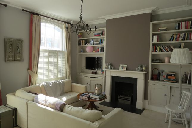 Thumbnail Maisonette to rent in Railton Road, London