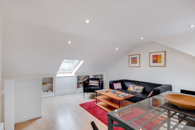 Thumbnail Flat for sale in Hormead Road, London