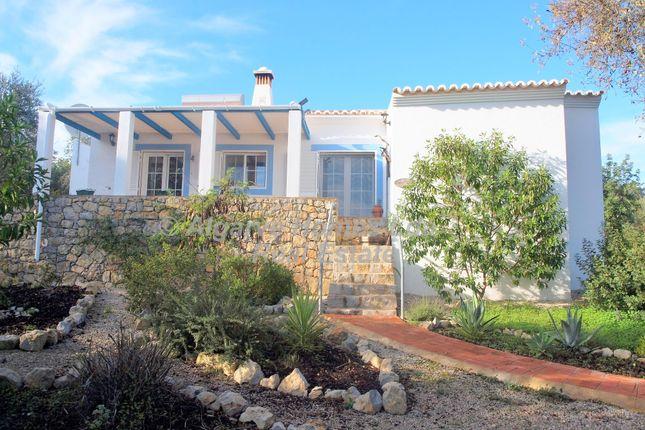 Cottage for sale in Santa Catarina Fonte De Bispo, Algarve, Portugal