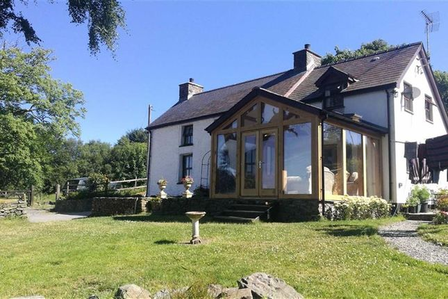Thumbnail Detached house to rent in Penuwch, Tregaron