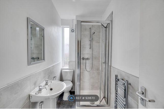 Private Bathroom of Milnthorpe Street, Salford M6