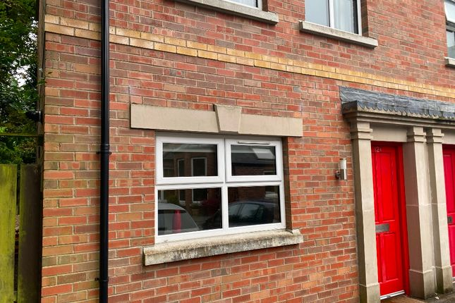 Thumbnail Town house to rent in Annadale Avenue, Belfast