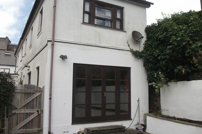 Thumbnail Terraced house to rent in Parade Street, Penzance