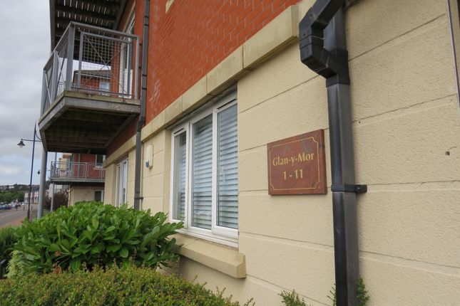 Thumbnail Flat for sale in Y Rhodfa, Barry