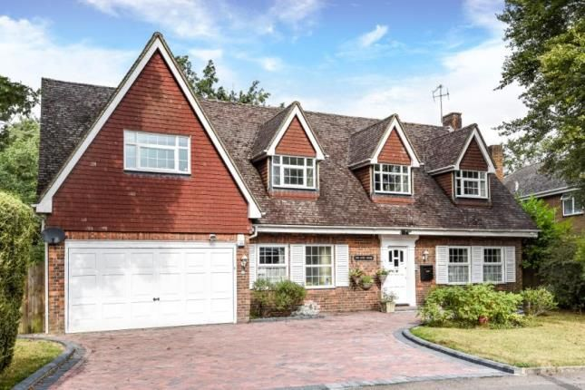 Thumbnail Detached house for sale in Fullers Wood, Croydon