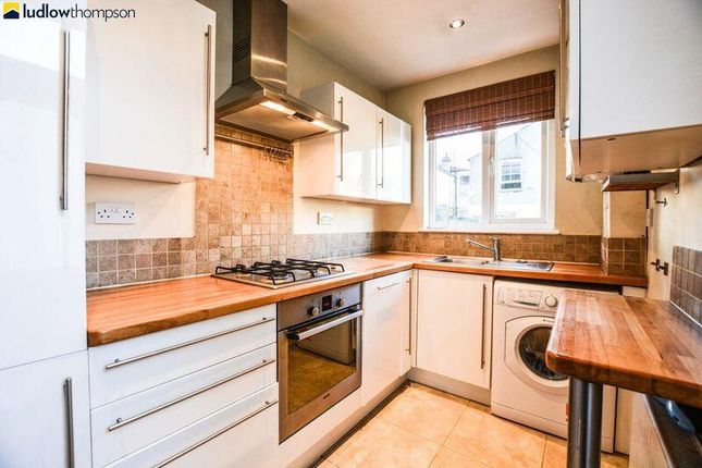 4 bed terraced house to rent in Thirsk Road, Mitcham