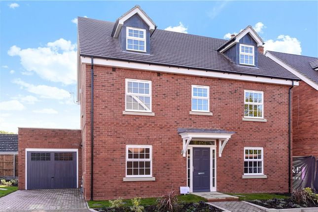 Thumbnail Detached house for sale in Terrace Road North, Binfield, Berkshire