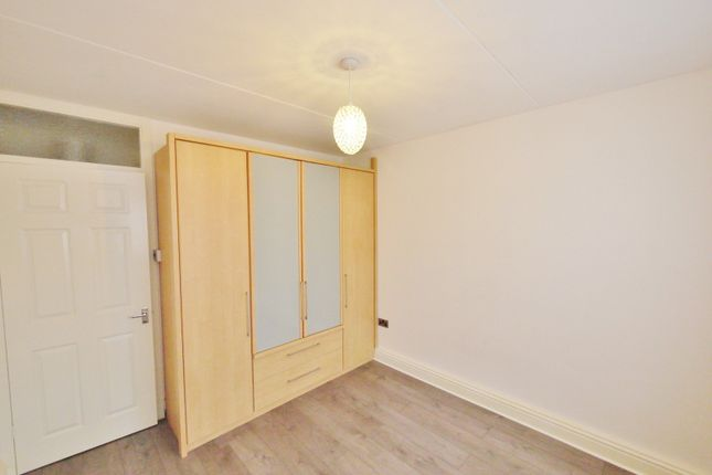 Bedroom of Becketts Court, Canterbury Way, Great Warley, Brentwood CM13