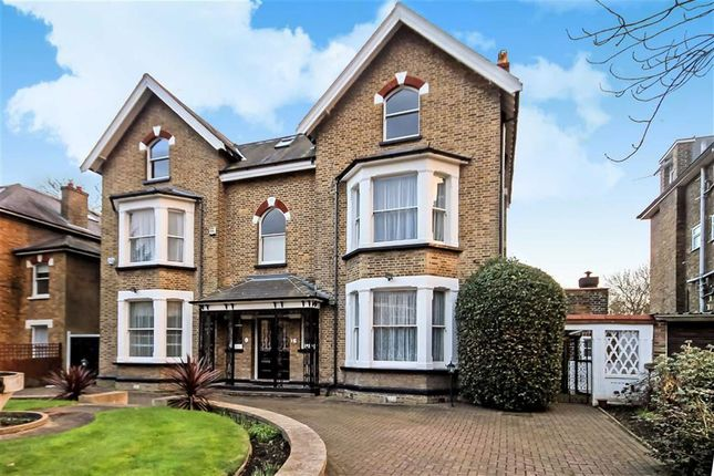 Thumbnail Property to rent in Christ Church Road, Berrylands, Surbiton