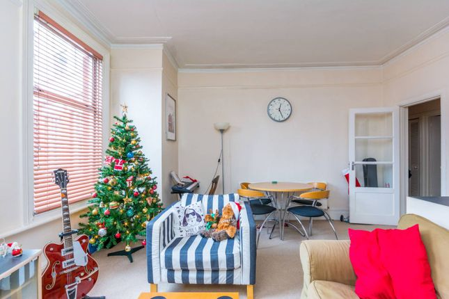 Thumbnail Flat for sale in Fairlawn Grove, Chiswick