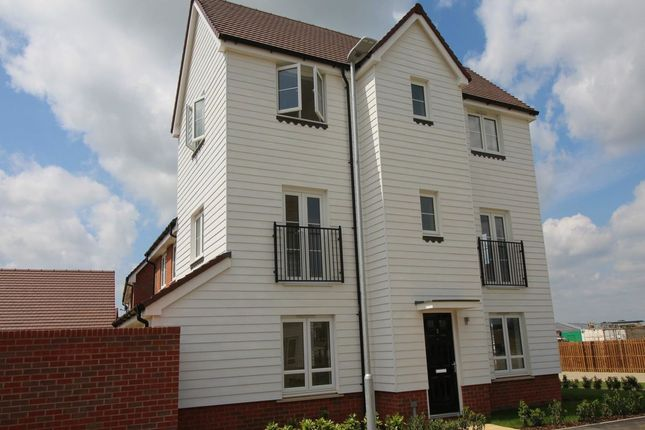 Thumbnail Property to rent in Bridger Way, Maidstone