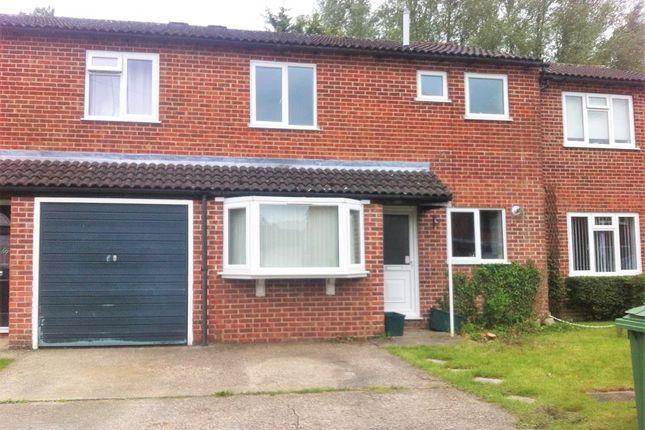 Thumbnail Terraced house to rent in Newbury, Berkshire