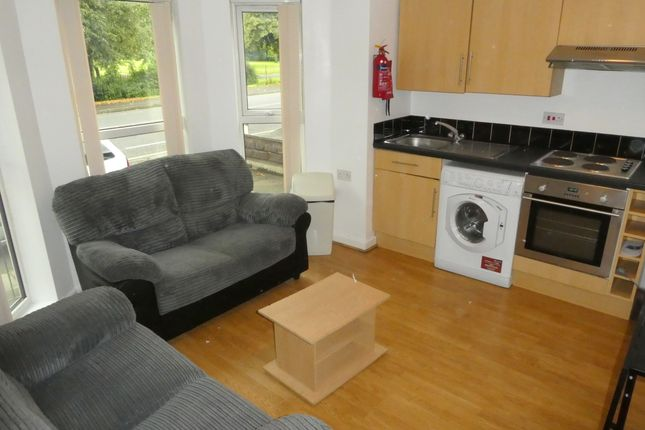 Thumbnail Flat to rent in Birchfields Road, Victoria Park, Manchester