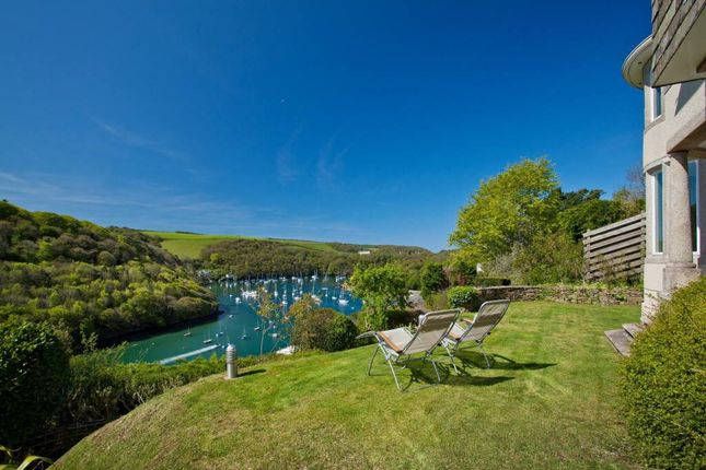 5 bedroom detached house for sale in Lower Court Road, Newton Ferrers, South Devon