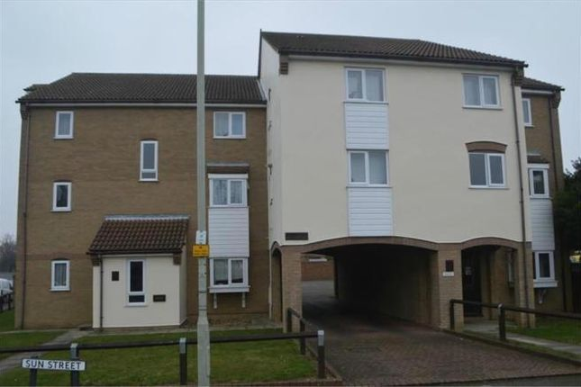 Thumbnail Flat to rent in Acorn House, Biggleswade