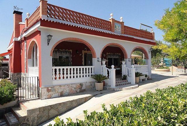 3 bed villa for sale in Montserrat, Valencia, Spain