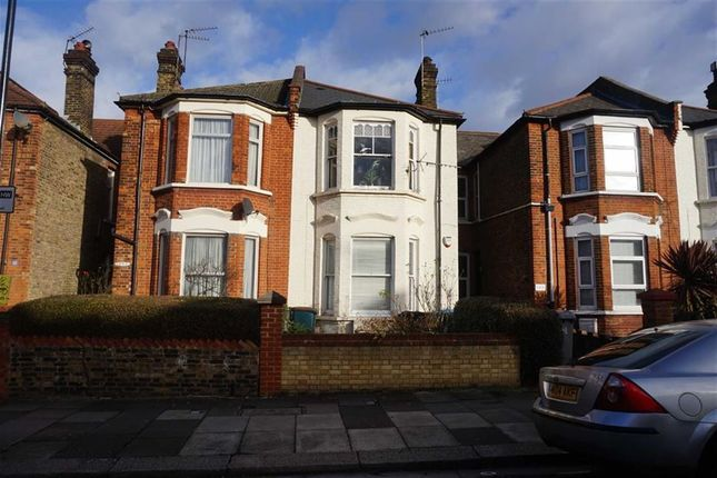 Flat to rent in Holland Road, Kensal Rise, London