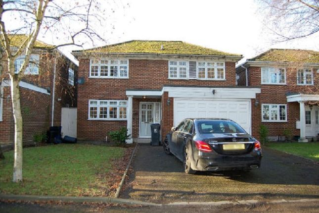 Thumbnail Detached house to rent in High Road, Woodford Green, Essex.